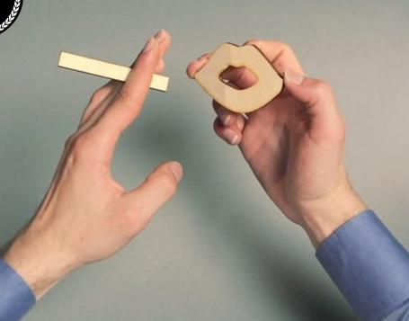 Видео сделано из фигурок, изготовленных при помощи лазерной резки фанеры