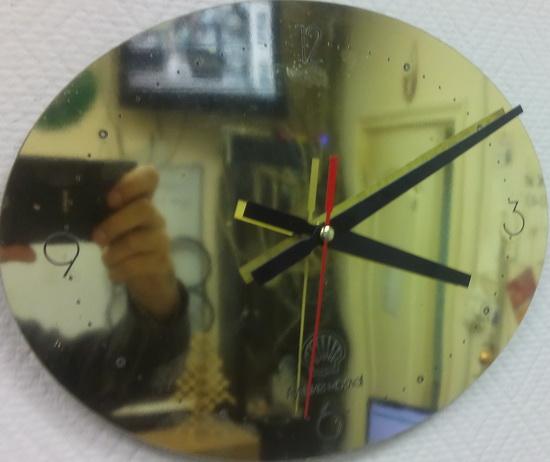 Часы настенные из акрила