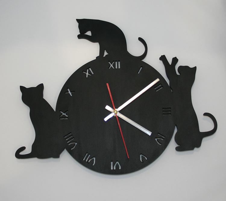 Настенные часы Черные Кошки